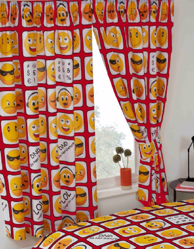 SMILEY EMOTICONS EMOJI ICONS KIDS ADULT PAIR OF CURTAINS 66X72'' RED